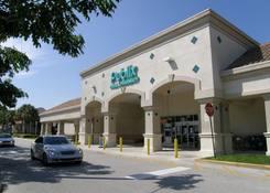 Shoppes at Monarch Lakes: