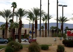 Seritage - Palm Desert :